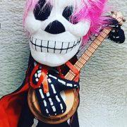 پخش عمده لوازم شوخی و لوازم هالووین عروسک گیتاریست