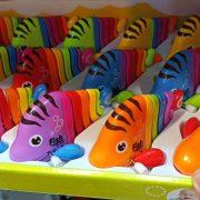 خرید عمده اسباب بازی های ماهی کوکی رنگارنگ